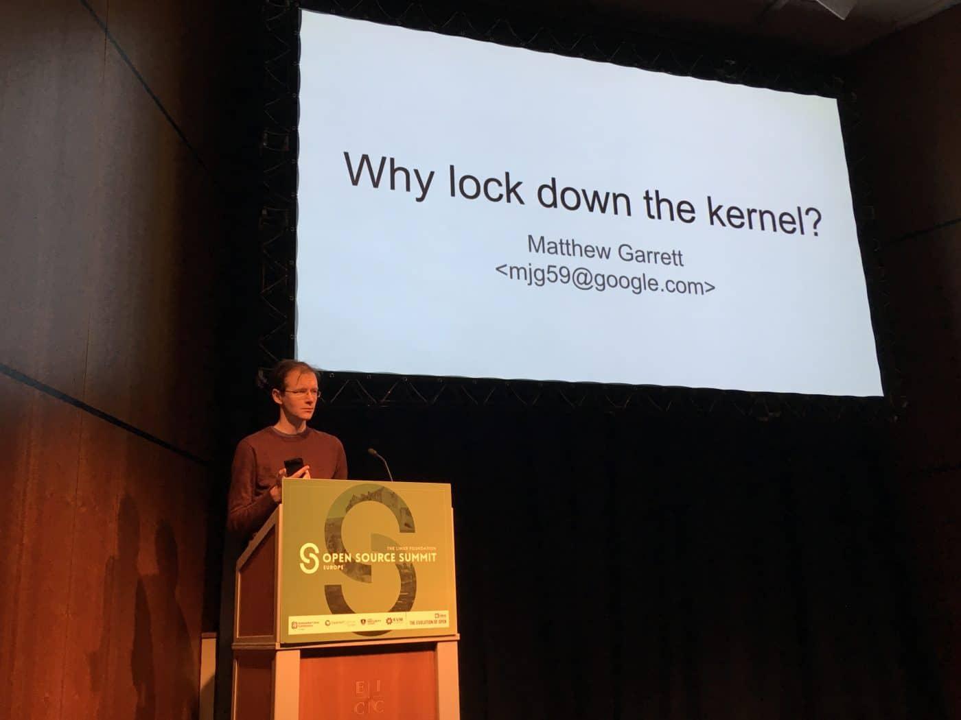 Matthew Garret waiting to start his talk